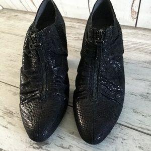 Ruched Bootie Shoes Size 11 Aerosoles Black